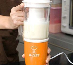 Máy xay sinh tố có làm được sữa đậu nành không