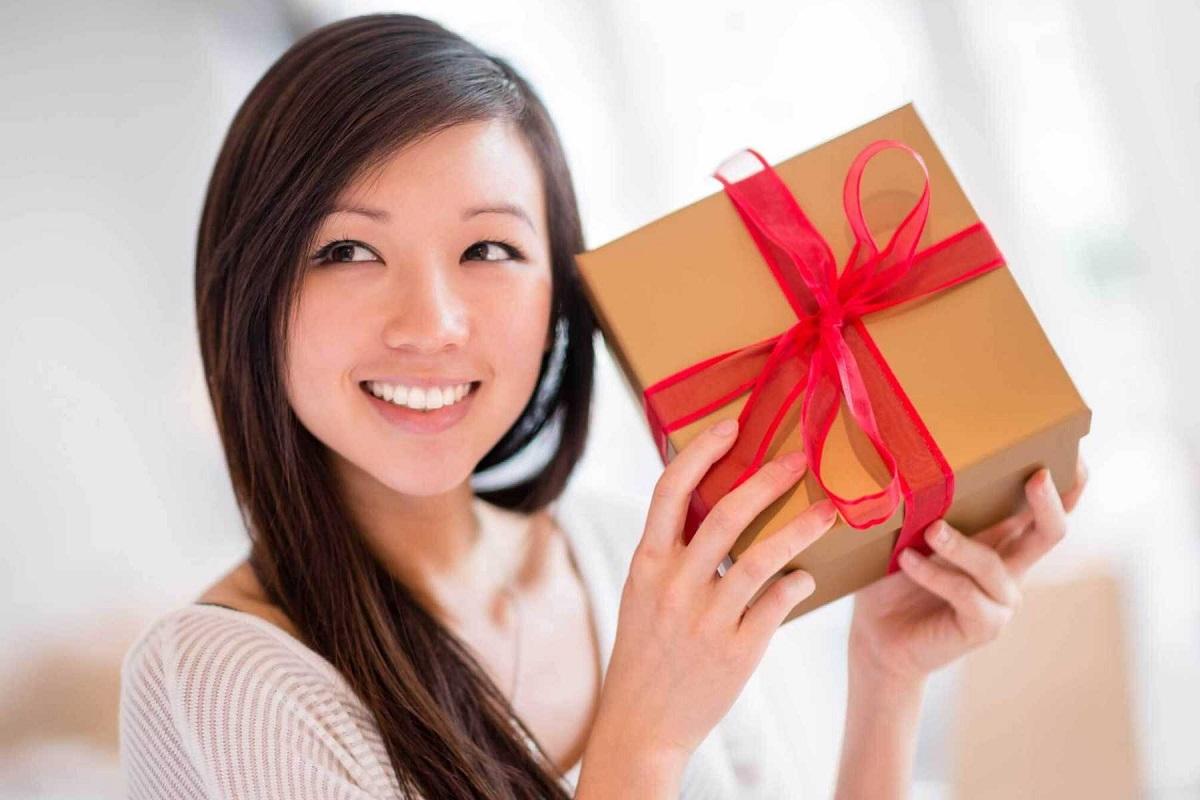 [Review] Top 10 món quà sinh nhật ý nghĩa tặng vợ (Mẹo: 2021)