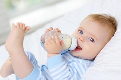 Bình sữa Bebu